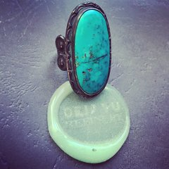 1920s FINGER LONG INGOT SILVER PEYOYE BUTTON TURQUOISE RING