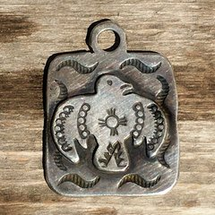 1920s NEW MEXICO ZIA SYMBOL SILVER FRED HARVEY ERA THUNDERBIRD DOG TAG PENDANT