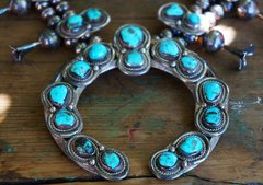 1970's TURQUISE & SILVER DOUBLE MOON SQUASH BLOSSOM NECKLACE