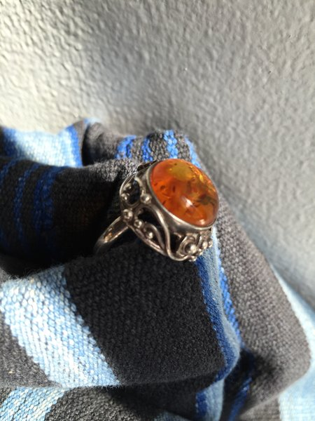 SOLD VINTAGE BALTIC AMBER SILVER ROUND RAISED RING