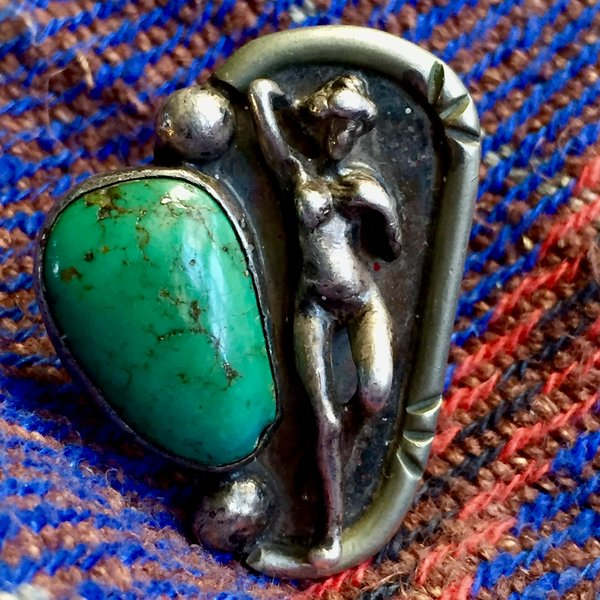 1970s SIGNED JOHNNY BLUE JAY FIGURAL NUDE LADY SILVER &TURQUOISE RING