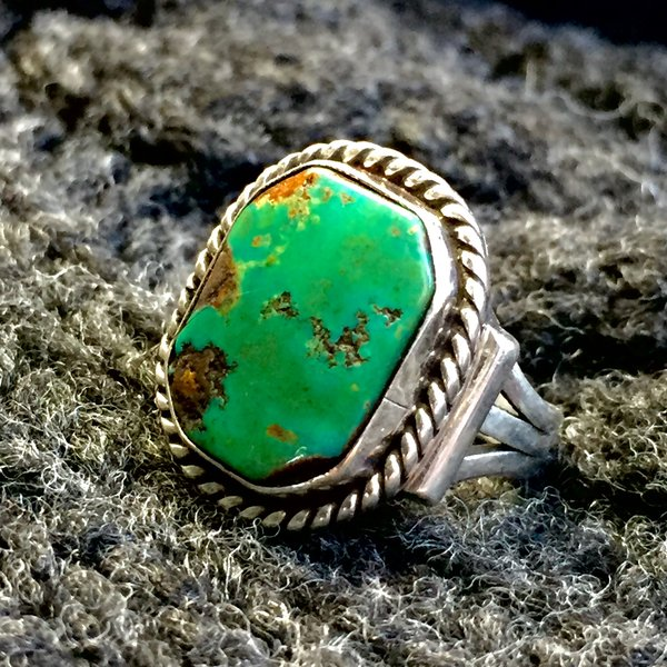 SOLD 1940s BLUE GREEN TURQUOISE OCTAGON SILVER PINKY RING