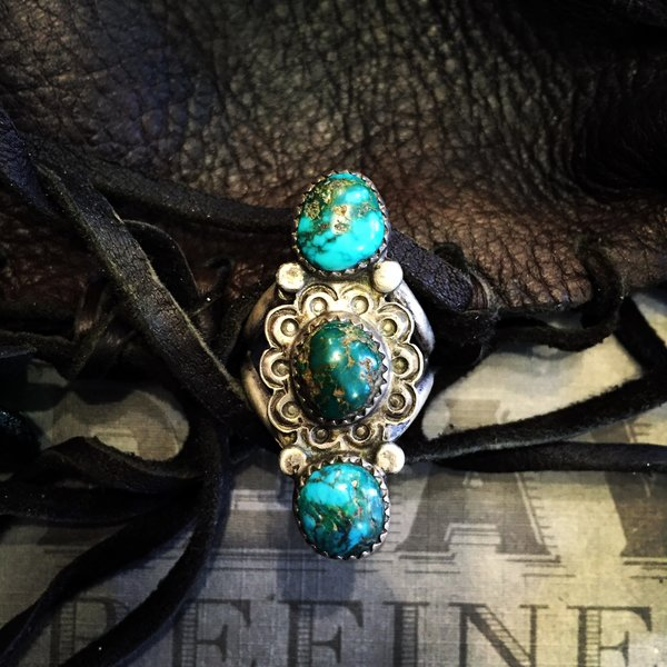 1930s SOLD PERSIAN TURQUOISE STAMPED SILVER RING