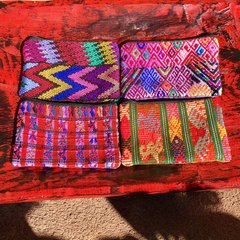 GUATEMALAN MEDIUM HAND EMBROIDERED FRONT HUIPIL BACK COTTON CHANGE PURSE