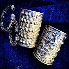 MAO TRIBAL PEOPLE REPOUSSE' LONG METAL DRAGON CUFF BRACELET SET