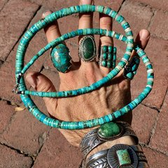 1940s SOLD LONG HEISHI TURQUOISE NECKLACE WITH SHELL ACCENTS