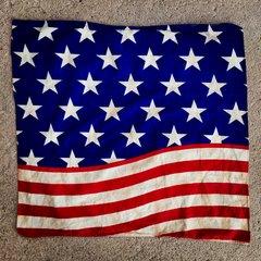 1980s VINTAGE AMERICAN FLAG BANDANNA