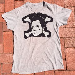 1990s THIN SOFT VERY WORN CHRISTOPHER WALKEN SKULL & CROSSBONES TSHIRT