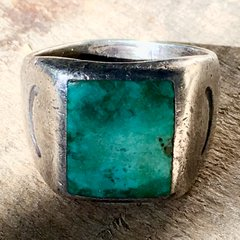 1910s SANDCAST SQUARE INLAID BLUE TURQUOISE RING