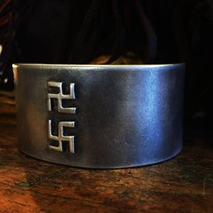 1930s SWASTIKA WHIRLING LOGS HEAVY GIANT THICK HEAVY INGOT CUFF BRACELET