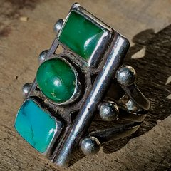 1920s SOLD STOPLIGHT OVAL & RECTANGLE BEVELED BLUE GREEN CERILLOS TURQUOISE SILVER RING