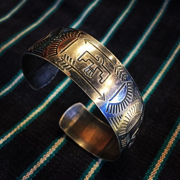 1940s SOLD STAMPED THIN SILVER THUNDERBIRDS & ARROWS CUFF