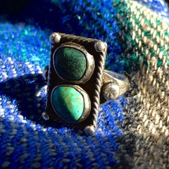 1910s SMALL 2 STONE BLUE GREEN TURQUOISE RING