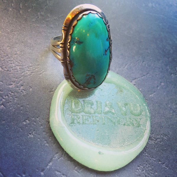 SOLD 1950s FINELY MADE BIG BISBEE TURQUOISE SILVER RING