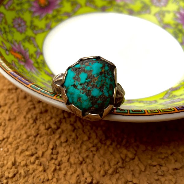 1940s HANDCUT BEZEL HARD TURQUOISE BLUE NUGGET & PEYOTE BUTTON SILVER RING