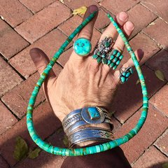1970s HEISHI GREEN & CARIBBEAN BLUE TURQUOISE HAND ROLLED NECKLACE