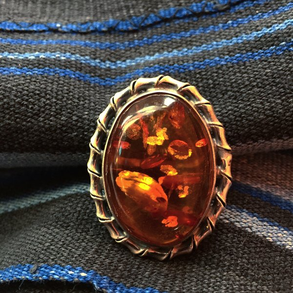 1970s GIANT BALTIC AMBER SILVER RING
