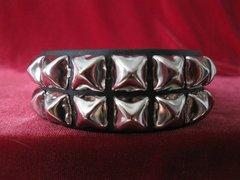 Wristband 7 Two Row Pyramid
