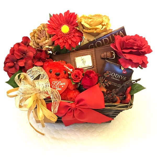 Chocolate gift baskets posh baskets inc posh baskets posh gift chocolate gift baskets gift baskets for women chocolate gifts romantic gift baskets for her gifts for her birthday gift baskets for her sciox Image collections