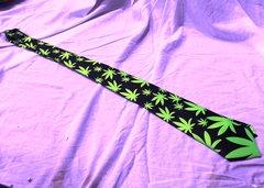 Marijuana Leaf Tie