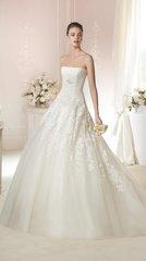 White One by Pronovias Wedding Dress Triana