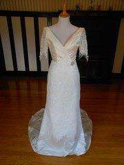 Pronuptia Paris Wedding Dress