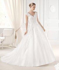 La Sposa by Pronovias Wedding Dress Ellis