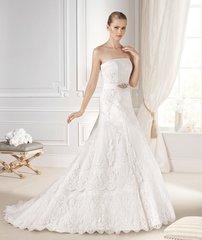 La Sposa by Pronovias Wedding Dress Maxim