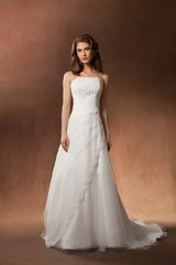 Creations Paris Wedding Dress 2W1841