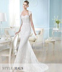San Patrick by Pronovias Wedding Dress Hals
