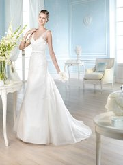 San Patrick by Pronovias Wedding Dress Hach