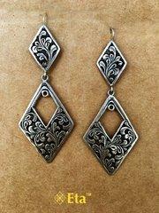 Silver chittai earring