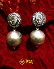 Tribal mata silver earring