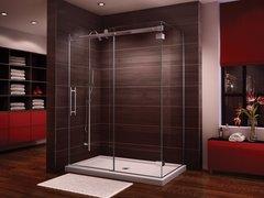 Corner Shower - Fleurco Novara - Door closes against wall