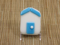 Beach hut glass fridge magnet - white with sky blue trim