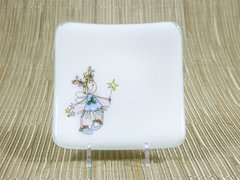 Fairy white glass small curved plate