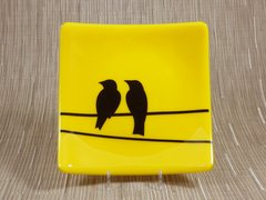 Yellow glass medium square curved plate