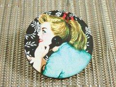 Retro pinup lady no. 2 wood brooch