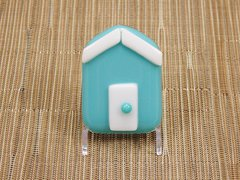 Beach hut glass fridge magnet - light blue with white trim