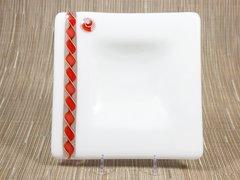 White glass medium square centred plate