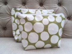 Blu Beri Oil Cloth Make-up Bag Olive Green Spot