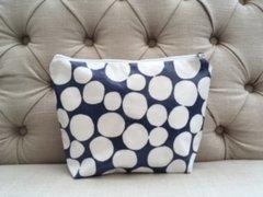 Blu Beri Oil Cloth Wash Bag Navy Spot