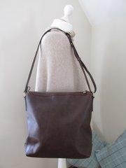 Blu Beri Italian Leather Shoulder Bag - Chocolate
