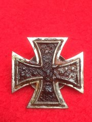 German iron cross first class medal,screw back pin very well cleaned with swastika remains recovered from Stalingrad battlefield of 1942-1943