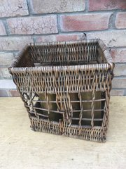 German wicker shell holder for 77mm artillery gun complete,nice condition with 6 77mm brass cases all war time dated found on the Somme battlefield