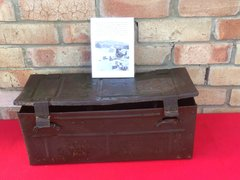 British army 25 pounder artillery gun 4 shell carry box,complete with inside racking which is in nice condition dated 1938 with paper labels,original green paintwork and markings found Farm at Doornik in Belgium from the Dunkirk pocket 1940