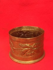 British 4.5 inch howitzer shell case trench art lovely bush and berry design with all markings dated 1917,fantastic condition found on The Somme battlefield