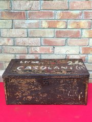 Italian ammunition box with desert camouflage paintwork and named on the lid captured by the British and brought back from North Africa by a British soldier as a storage box rare 1939-1943 Desert war relic