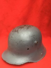 German soldiers M16 helmet,very solid,restoration project helmet recovered on The battlefield many years ago in the Ypres salient 1914- 1918