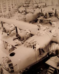 Photograph of Consolidated B-24 Assembly Line, Ft. Worth  PHO-0113